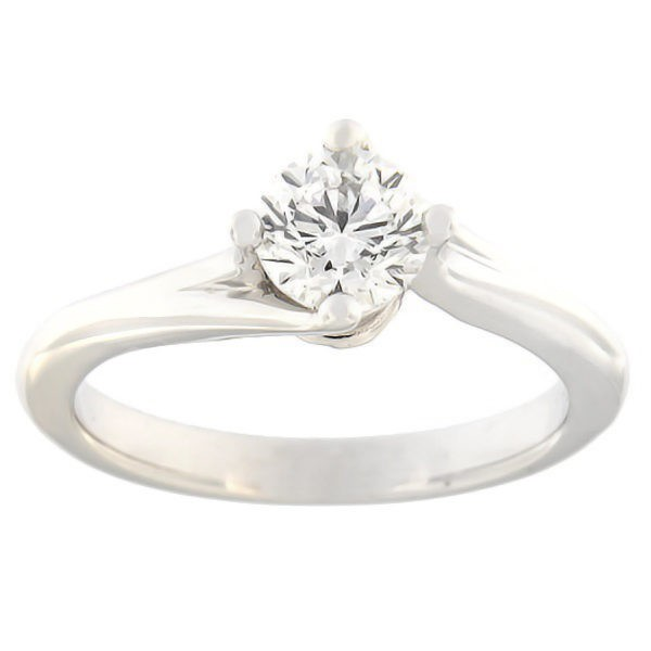 Золотое кольцо с бриллиантам 0,70 ct. Kood: c8029uni