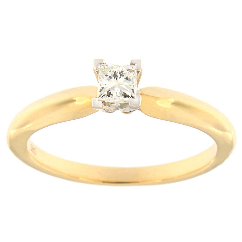 Kullast sõrmus teemantiga 0,23 ct. Kood: 110an