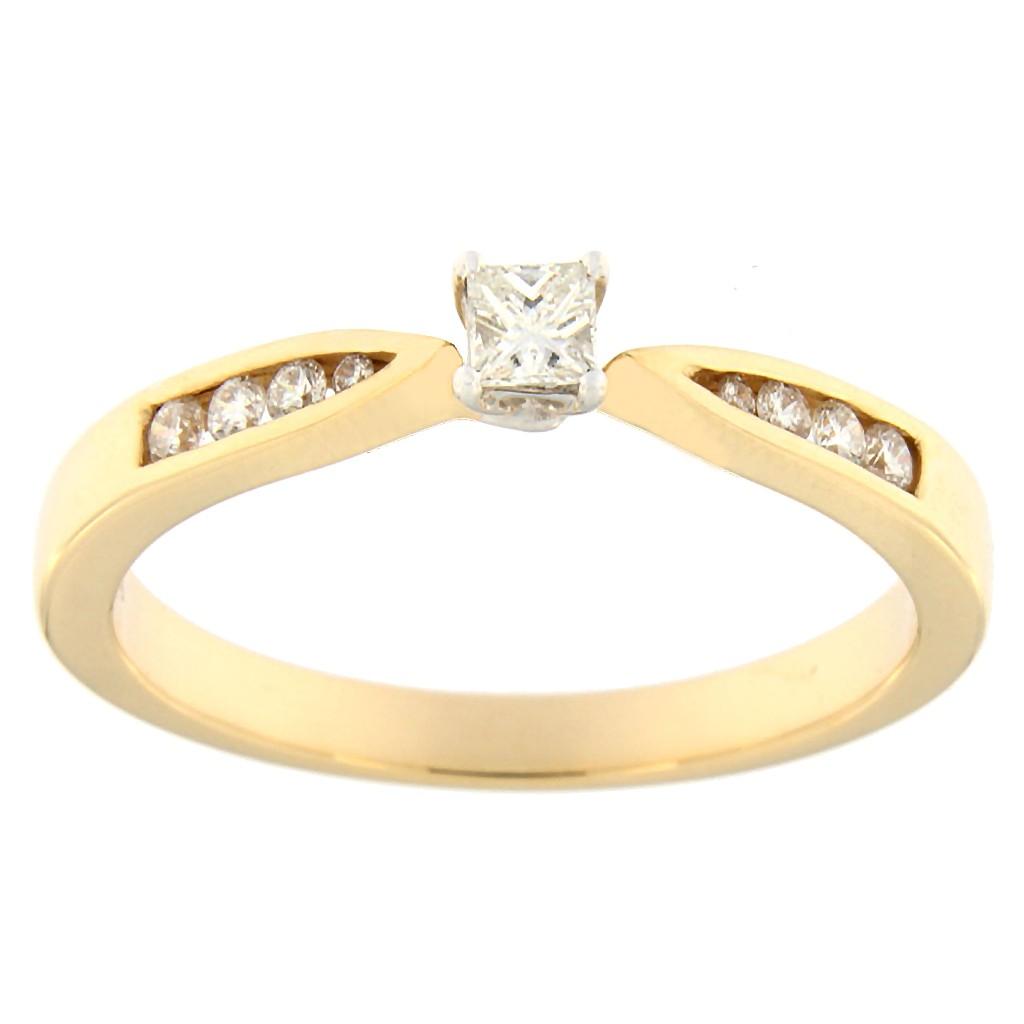 Kullast sõrmus teemantidega 0,24 ct. Kood: 114ac