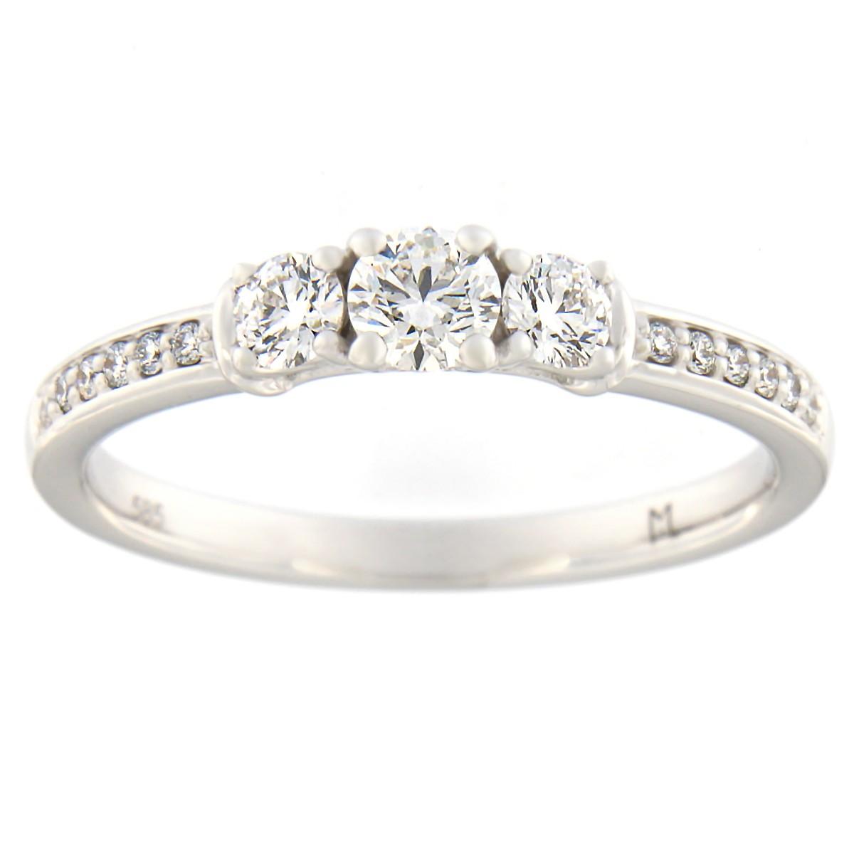 Kullast sõrmus teemantidega 0,42 ct. Kood: 95at