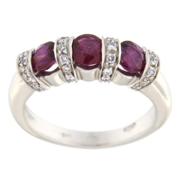 Kullast sõrmus rubiinide 1,4 ct. ja teemantidega 0,20 ct. Kood: ba566