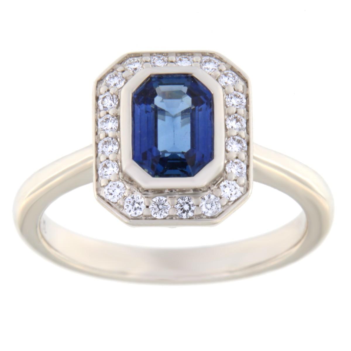 Kullast sõrmus teemantidega ja safiiriga Kood: 17m