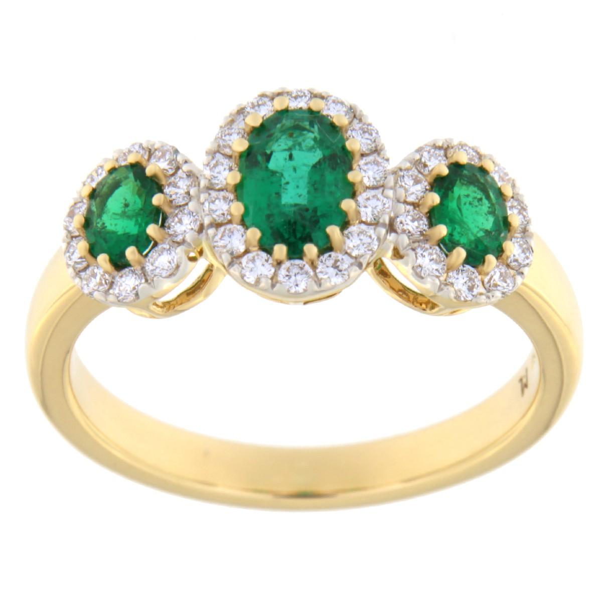 Kullast sõrmus teemantide ja smaragdidega Kood: 18m